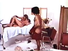 peepshow loops 307 70s and 80s - scene 8