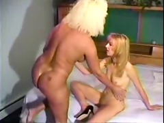 vintage blonde lesbo sex