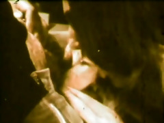 ultra retro wench in 1980