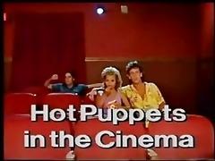 hawt puppets in the cinema - classic scene!!!!