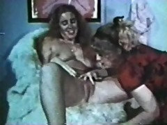 lesbo peepshow loops 627 70s and 80s - scene 3