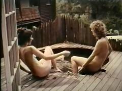 woollen basts in wooden tubs