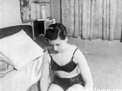authentic vintage porn 1950s - shaved pussy,
