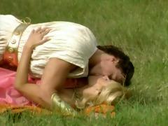 mary eleniak - love and psyche (3)