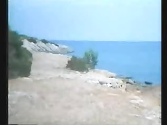 greek porn 70s-80( i kyria ke o moytchos) 2