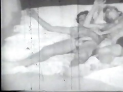 vintage pussy stretching - gentlemens video