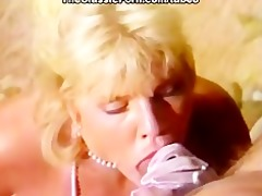 golden-haired teaser skillful blowjob