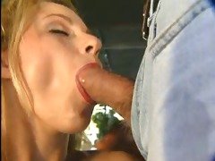 hot discharged anal
