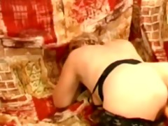 dilettante granny drilled with sex-toy
