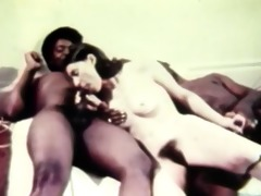 hawt retro threesome erotica