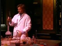 simona valli - womans scientist