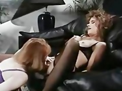 office lesbians in retro episode