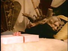 retro guy fucks sexy blonde shauna grant in bed