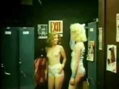 classic ffm locker room threesome